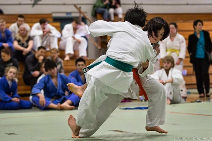 Naomi (orange belt) countered and decisively defeated a higher-grade green belt in a meet last season.